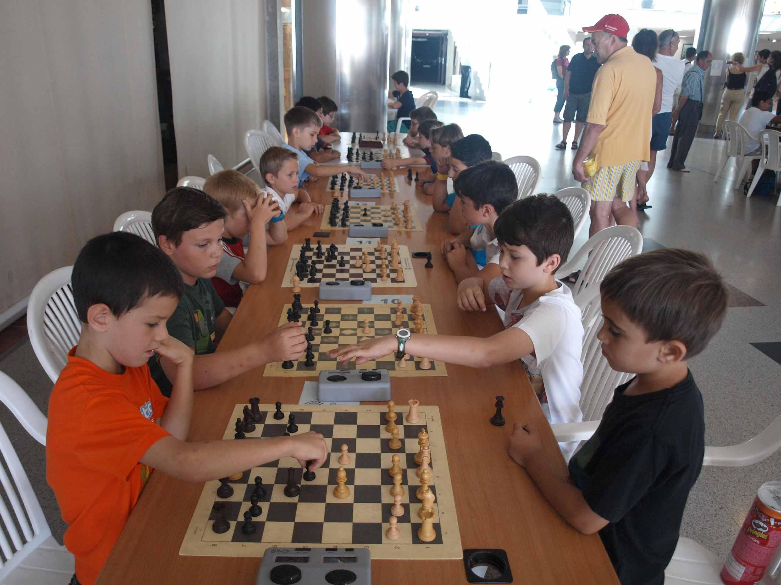 Xxi torneo abierto y ix torneo juvenil de ajedrez plaza - Restaurante noto marbella ...